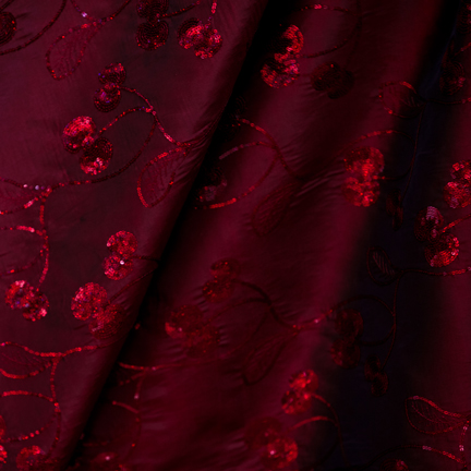 Tablecloth, Sequin Burgundy Plums