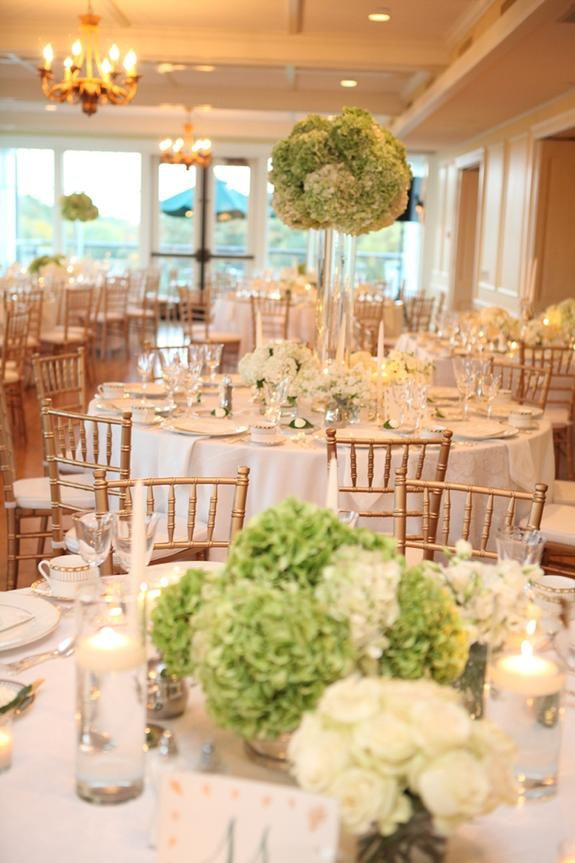 Traditional Green and White Wedding, photo by Kelly Brown Weddings